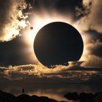 Arriva l'Eclissi dell'Apocalisse: Il mondo finirà nel 2017?